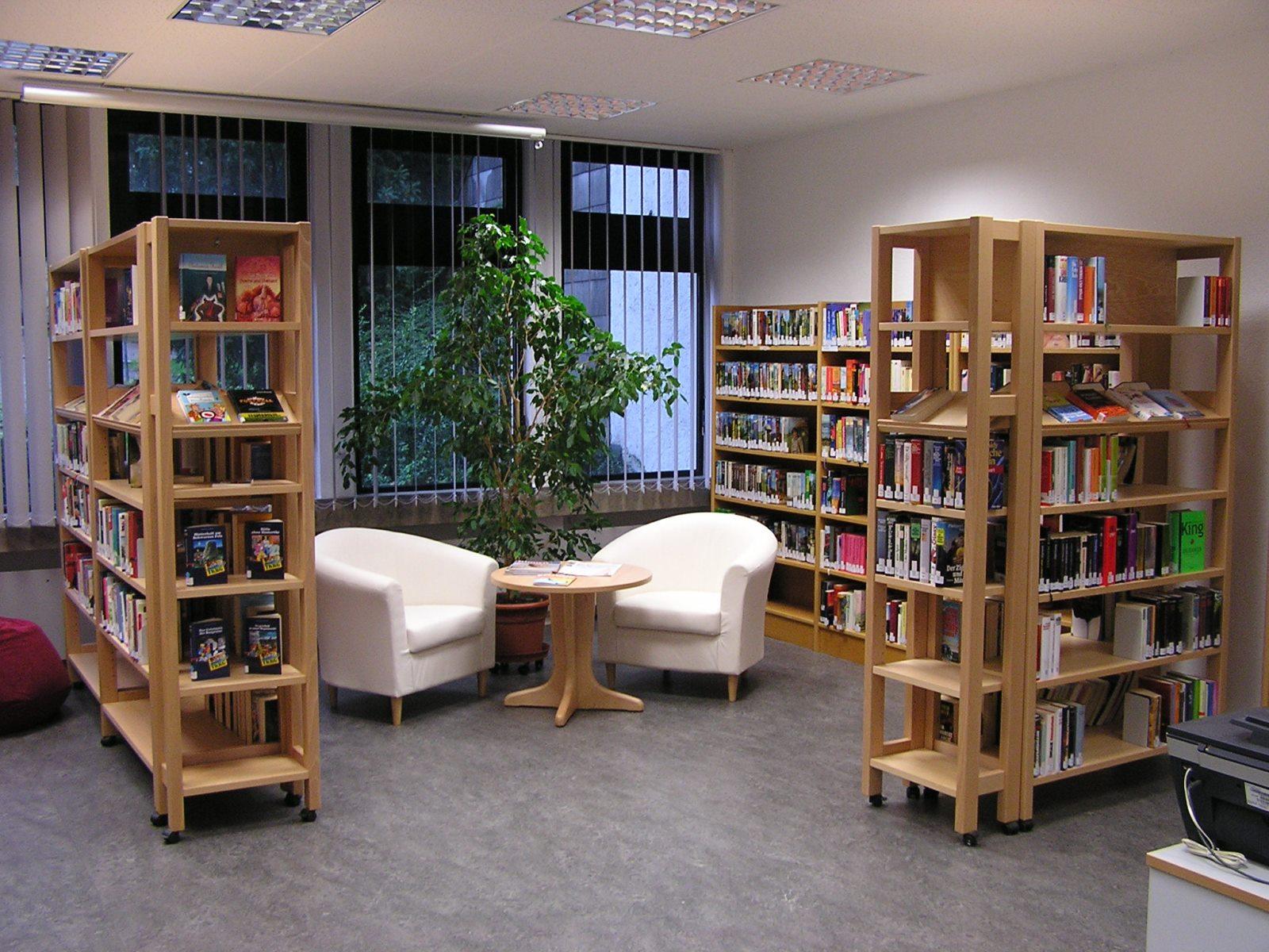 Inneneinrichtung der Bücherei in Hirrlingen