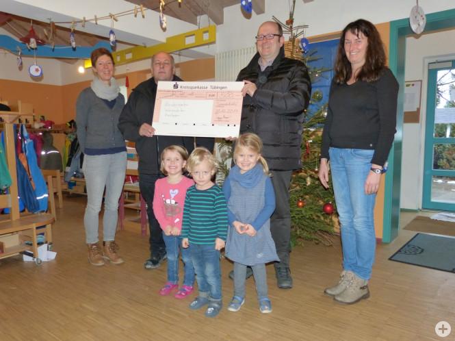 Spendenübergabe Firma Heinz im Kindergarten Wiesenäcker 2017