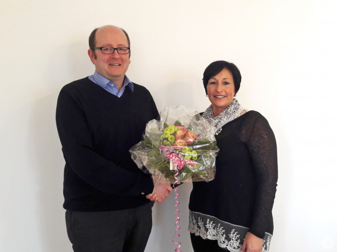 BM Christoph Wild und neue Mitarbeiterin im Bürgerbüro Silke Abt-Eberhart